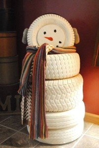 1-snowman-from-recycled-tires